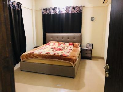 Gallery Cover Image of 2800 Sq.ft 3 BHK Apartment for rent in Kondhwa for 35000