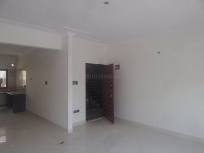 Gallery Cover Image of 1300 Sq.ft 2 BHK Apartment for rent in Hebbal for 20000