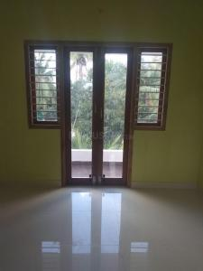 Gallery Cover Image of 900 Sq.ft 2 BHK Apartment for buy in Madambakkam for 4050000