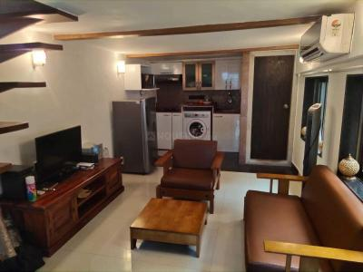 Gallery Cover Image of 600 Sq.ft 1 BHK Independent House for rent in Bandra West for 81000
