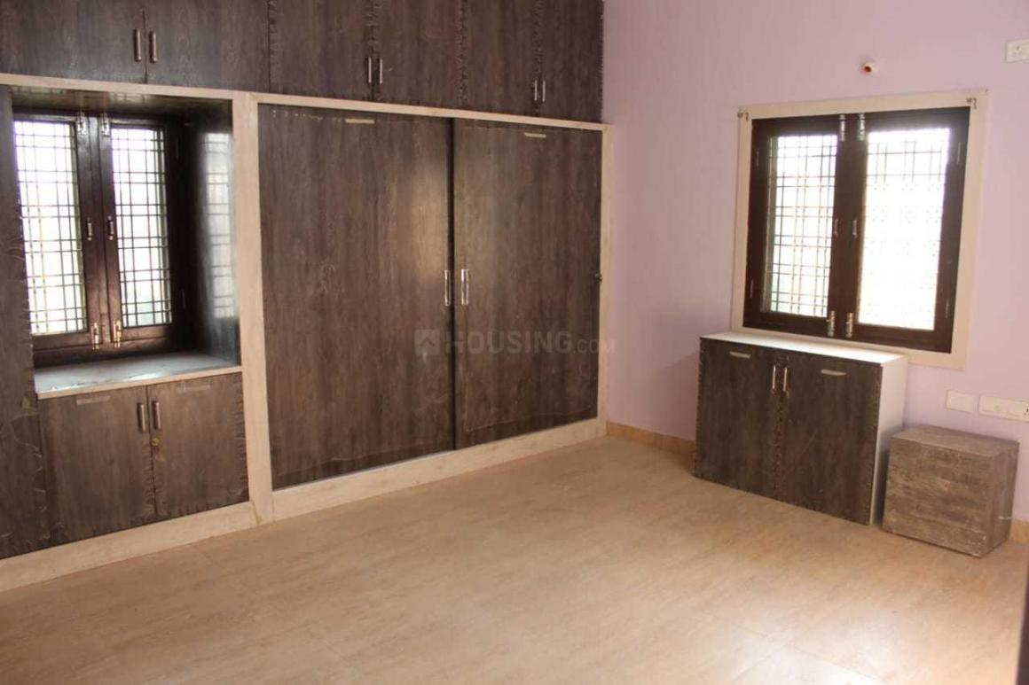 Bedroom Image of 5000 Sq.ft 8 BHK Villa for rent in Alwal for 180000