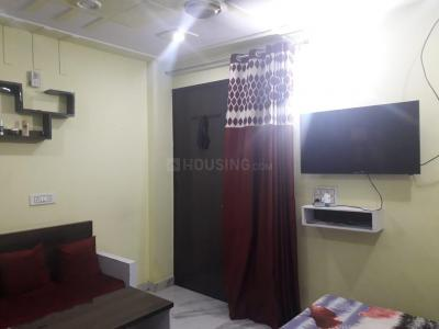 Gallery Cover Image of 325 Sq.ft 1 RK Apartment for rent in Janakpuri for 12000