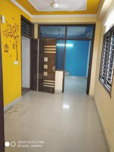 Gallery Cover Image of 1000 Sq.ft 3 BHK Independent Floor for rent in Preet Vihar for 15000