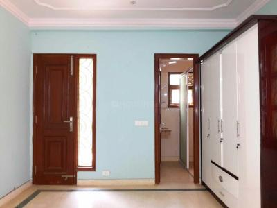 Gallery Cover Image of 1200 Sq.ft 2 BHK Independent Floor for buy in Safdarjung Enclave for 16000000