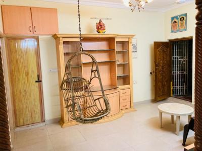 Gallery Cover Image of 800 Sq.ft 2 BHK Apartment for rent in Kanchipuram for 15000