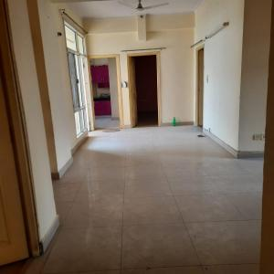 Gallery Cover Image of 1593 Sq.ft 3 BHK Apartment for rent in Jaipuria Sunrise Greens Block G And H, Ahinsa Khand for 16000