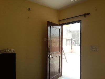 Gallery Cover Image of 270 Sq.ft 1 RK Apartment for rent in Chhattarpur for 5000