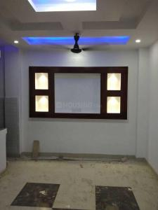 Gallery Cover Image of 600 Sq.ft 2 BHK Independent Floor for buy in Uttam Nagar for 2700000