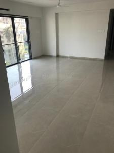 Gallery Cover Image of 1600 Sq.ft 3 BHK Apartment for rent in Khar West for 125000