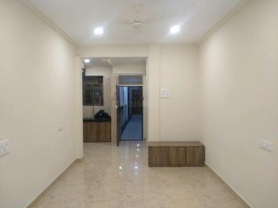 Gallery Cover Image of 600 Sq.ft 1 BHK Apartment for buy in Colaba for 23500000