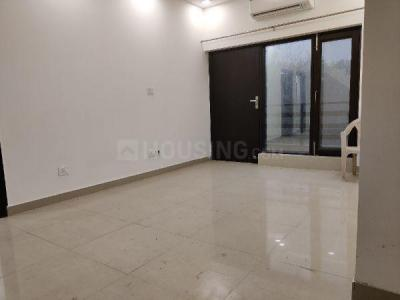 Gallery Cover Image of 2500 Sq.ft 4 BHK Apartment for rent in Vasant Kunj for 50000