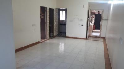 Gallery Cover Image of 927 Sq.ft 2 BHK Apartment for buy in Thaltej for 4550000