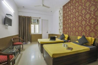 Bedroom Image of Oyo Life Grg1975 in Sector 39