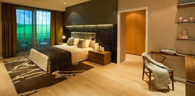 Gallery Cover Image of 5575 Sq.ft 4 BHK Apartment for buy in DLF The Aralias, Sector 42 for 120000000