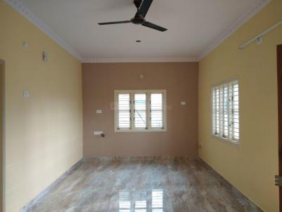 Gallery Cover Image of 500 Sq.ft 2 BHK Independent House for rent in Whitefield for 19000