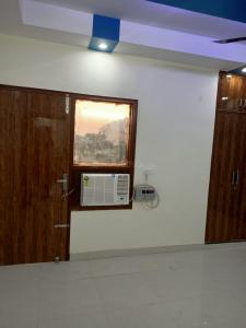 Gallery Cover Image of 1450 Sq.ft 3 BHK Independent Floor for rent in Loni for 18000