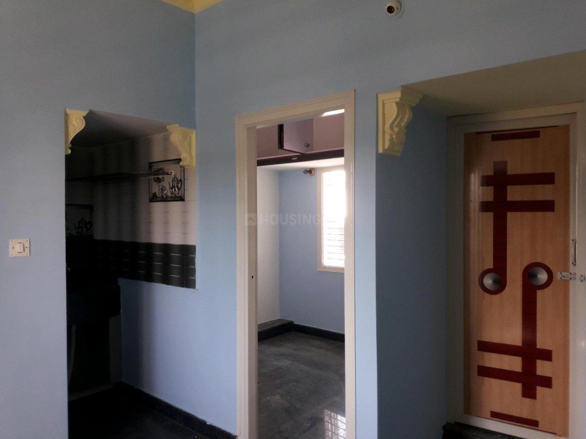 Living Room Image of 400 Sq.ft 1 BHK Apartment for rent in Doddabidrakallu for 8000