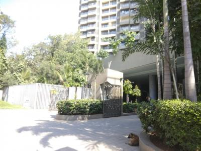 Gallery Cover Image of 1180 Sq.ft 2 BHK Apartment for rent in Kandivali East for 36000