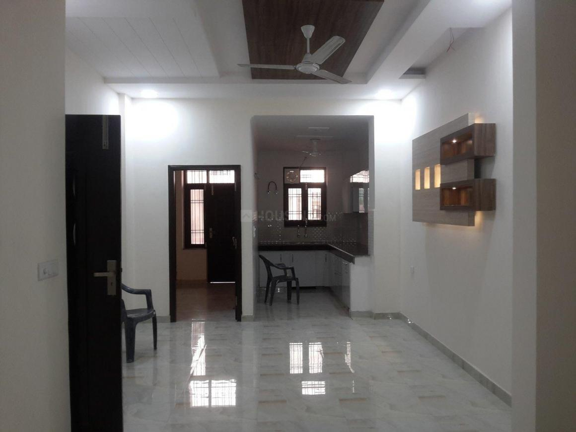 Living Room Image of 1200 Sq.ft 3 BHK Apartment for buy in Sector 49 for 4700000