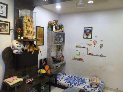 Gallery Cover Image of 650 Sq.ft 1 BHK Apartment for buy in Golden Star, Santacruz East for 14500000