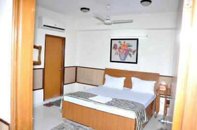 Bedroom Image of PG For Girls In Alpha 1 Near Metro Station Greater Noida in Noida Extension