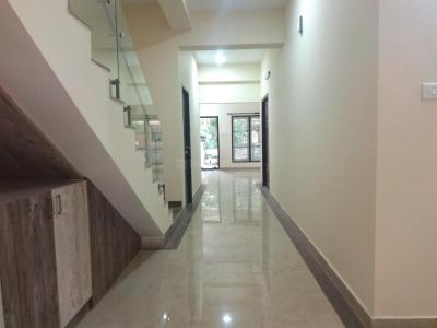 Gallery Cover Image of 3500 Sq.ft 4 BHK Independent House for rent in Adyar for 80000