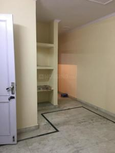 Gallery Cover Image of 550 Sq.ft 1 BHK Independent Floor for buy in Masjid Moth Village for 3500000