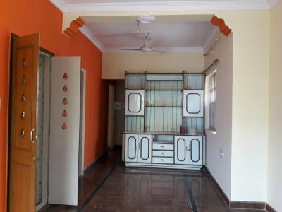 Gallery Cover Image of 800 Sq.ft 2 BHK Independent Floor for rent in Indira Nagar for 21000