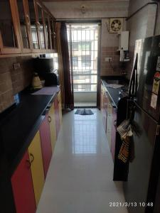 Gallery Cover Image of 1050 Sq.ft 2 BHK Apartment for rent in Jay Deep Park, Thane East for 28000
