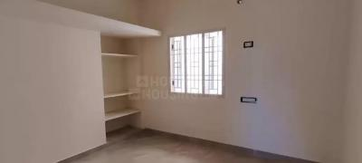 Gallery Cover Image of 766 Sq.ft 2 BHK Apartment for buy in Selaiyur for 3753400