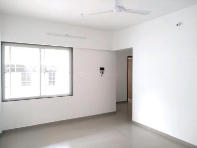 Gallery Cover Image of 850 Sq.ft 2 BHK Apartment for buy in Mundhwa for 6757000