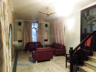 Gallery Cover Image of 3000 Sq.ft 4 BHK Independent House for rent in Cooke Town for 75000