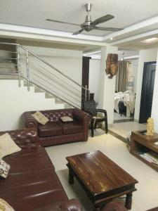 Gallery Cover Image of 1728 Sq.ft 3 BHK Independent House for buy in Sector 57 for 21500000