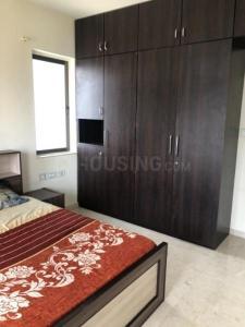 Gallery Cover Image of 2000 Sq.ft 3 BHK Apartment for rent in Bandra East for 220000