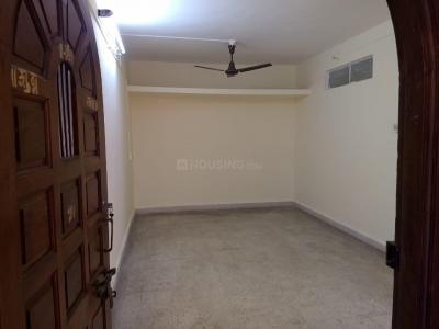 Gallery Cover Image of 1000 Sq.ft 2 BHK Apartment for rent in Ganesh Apartment , Sadashiv Peth for 24000