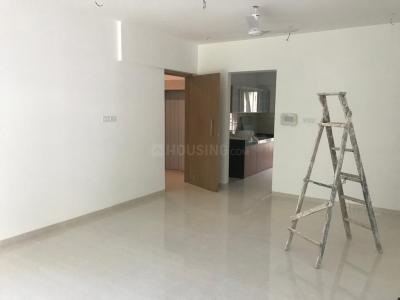 Gallery Cover Image of 840 Sq.ft 2 BHK Apartment for rent in Juhu for 85000