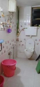Bathroom Image of PG 4039612 Airoli in Airoli