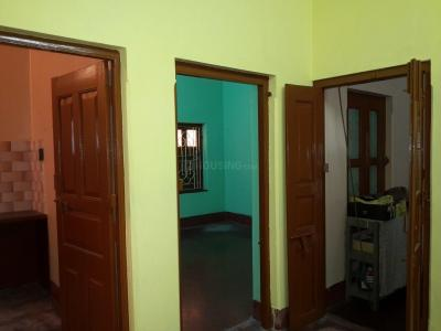 Gallery Cover Image of 1000 Sq.ft 3 BHK Independent Floor for rent in Madhyamgram for 7000