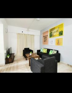Living Room Image of PG 4441899 Malad East in Malad East