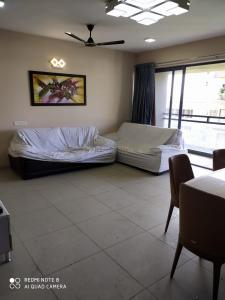 Gallery Cover Image of 1891 Sq.ft 3 BHK Apartment for rent in Unity Domain Heights, Shyamal for 40000