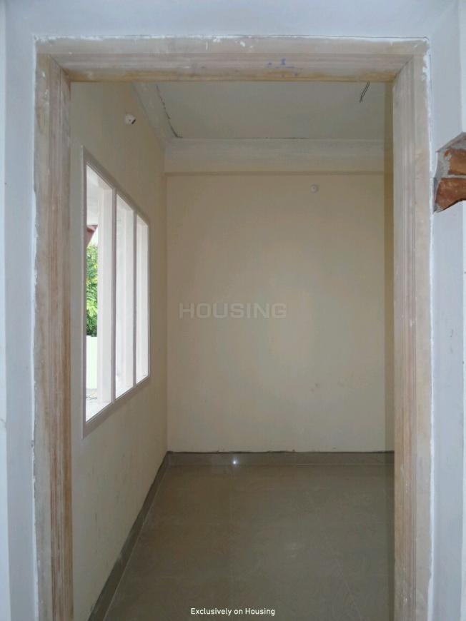 Main Entrance Image of 801 Sq.ft 2 BHK Apartment for buy in Madambakkam for 3204000