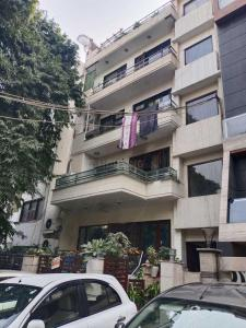 Gallery Cover Image of 1800 Sq.ft 3 BHK Independent Floor for buy in Patel Nagar for 21000000