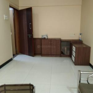 Gallery Cover Image of 640 Sq.ft 1 BHK Apartment for rent in Goregaon West for 28000