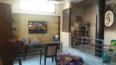 Gallery Cover Image of 2000 Sq.ft 6 BHK Independent House for buy in Asif Nagar for 25000000