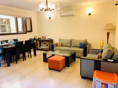 Gallery Cover Image of 1500 Sq.ft 2 BHK Independent Floor for rent in Greater Kailash I for 60000