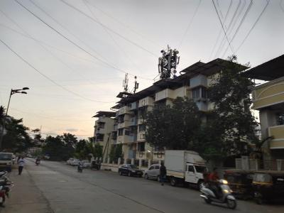 Gallery Cover Image of 860 Sq.ft 1 BHK Apartment for rent in Kalyan West for 11000