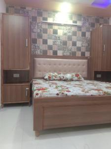 Bedroom Image of Room/ PG in DLF Phase 3