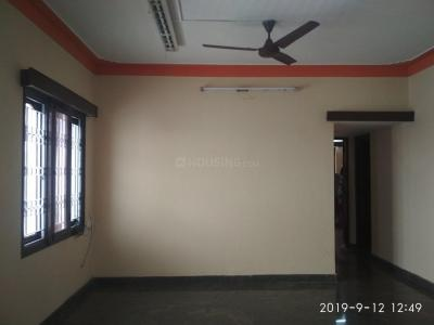 Gallery Cover Image of 1300 Sq.ft 2 BHK Independent Floor for rent in Domlur Layout for 30000