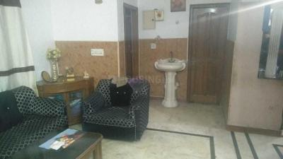Gallery Cover Image of 980 Sq.ft 3 BHK Independent Floor for buy in Sector 10 DLF for 5000000