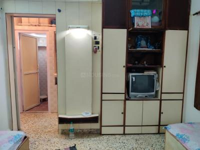 Gallery Cover Image of 450 Sq.ft 1 RK Apartment for rent in Andheri West for 24000
